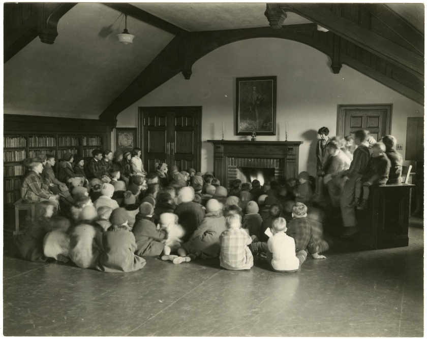 Story telling time, Ashdale Library, north end. Courtesy of the Toronto Public Library Digital Collections.