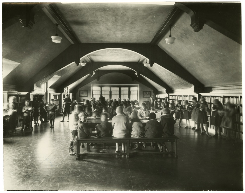 Children's Section, Ashdale Library, south end. Courtesy of the Toronto Public Library Digital Collections.