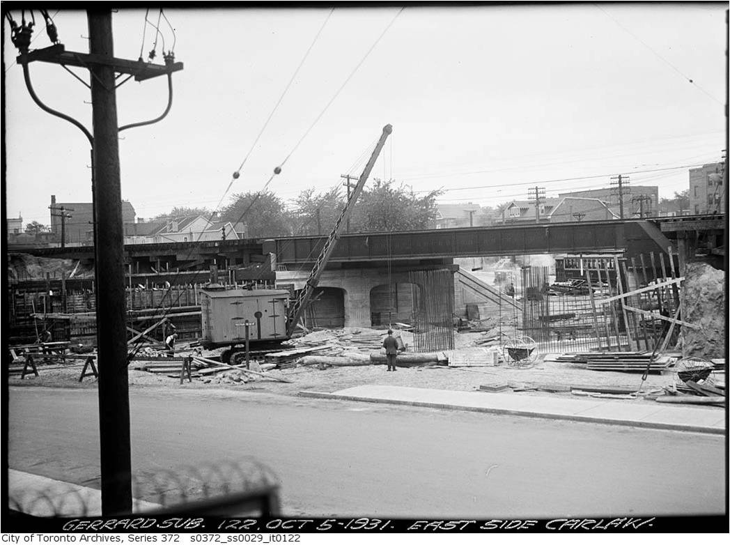 Building underpass Carlaw and Gerrard