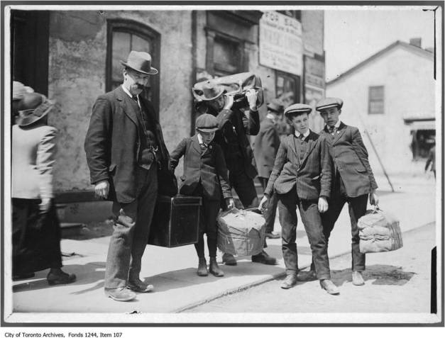 Poor immigrants from England, Scotland, northern Ireland and Wales poured into Toronto in the first decade of the 20th century. Very poor, they usually had little money and their only possessions were what they carried. However, they had high hopes. These were the people that first lived on Ashdale Avenue.