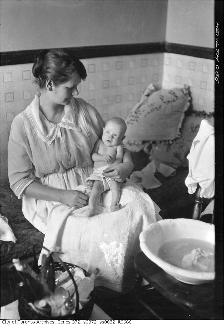 Mother and Child, 69 Ravina Crescent, February 12, 1923