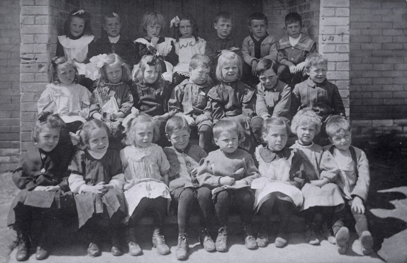 Roden Public School, Ashdale Ave., w. side, n. of Gerrard St. E.; infant class, 1911, from the collection of the Toronto Public Library.