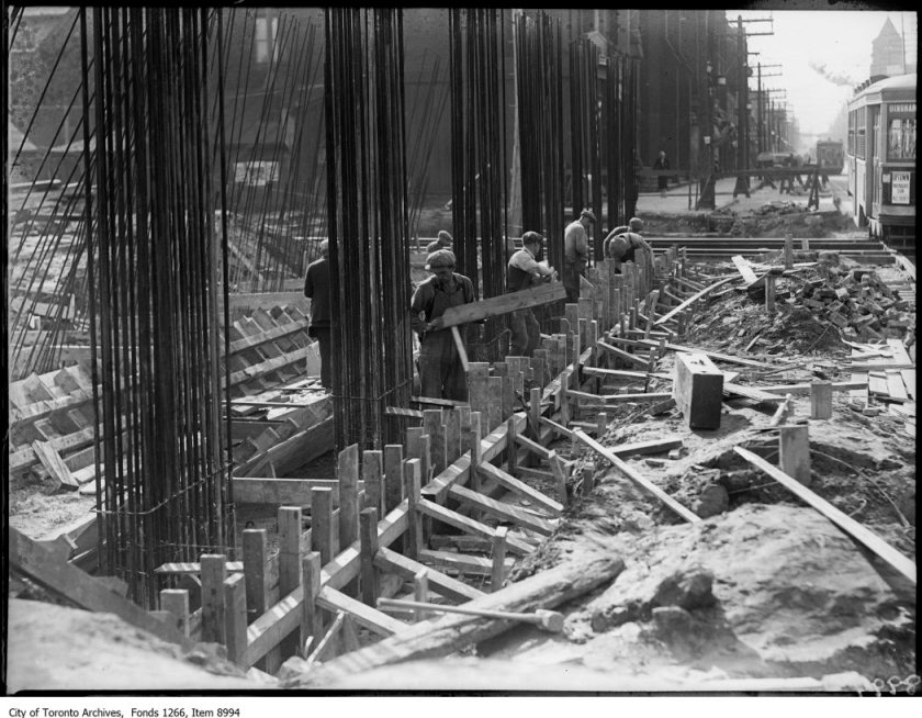 Viaduct, Riverdale, steel in reinforced concrete. - October 7, 1926