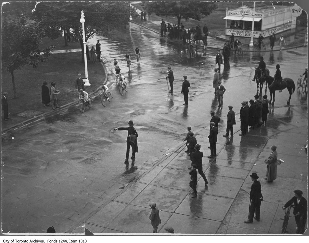 Dunlop Trophy bicycle race, CNE grounds 1924? City of Toronto Archives