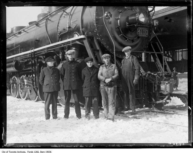 Viaduct test, 4100 engine and crew, Conductor Armstrong, brakeman Saville, brakeman Stanford, engineer Woodman, U.E. Gillen. - January 20, 1930