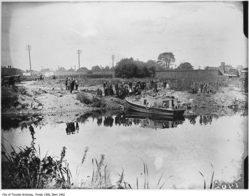 Bootleggers launch, Ashbridges Bay. - September 21, 1923