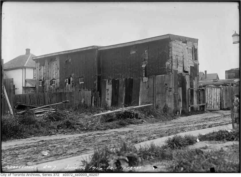 19160616TARCH Erie Terrace3
