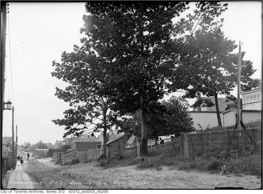 19160616TARCH Erie Terrace5