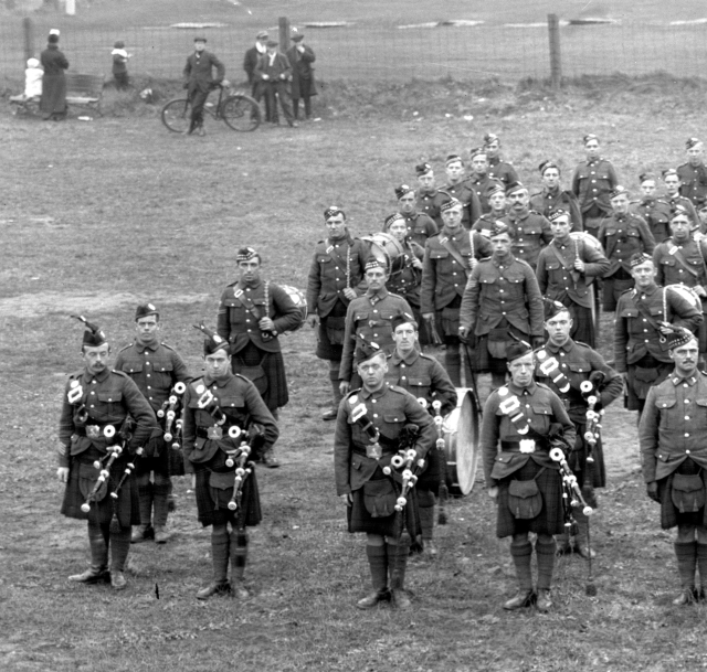 Pipe band, 92nd Battalion (48th Highlanders), C.E.F., Riverdale Camp, 1915