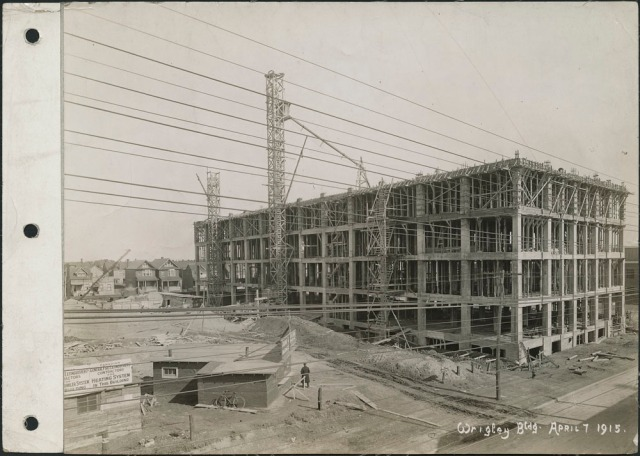 construction-of-the-south-wrigley-building-april-7-1915-library-and-archives-canada