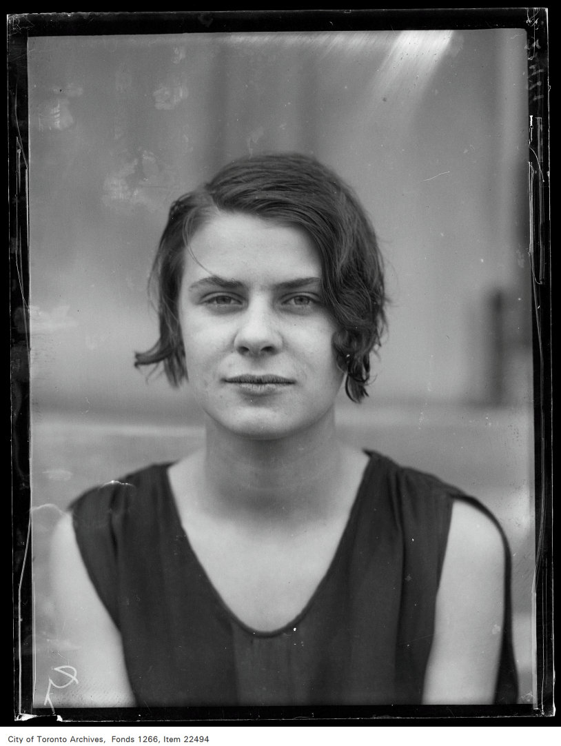 Eastern [School of] Commerce [commencement portraits], Roma Bowman.