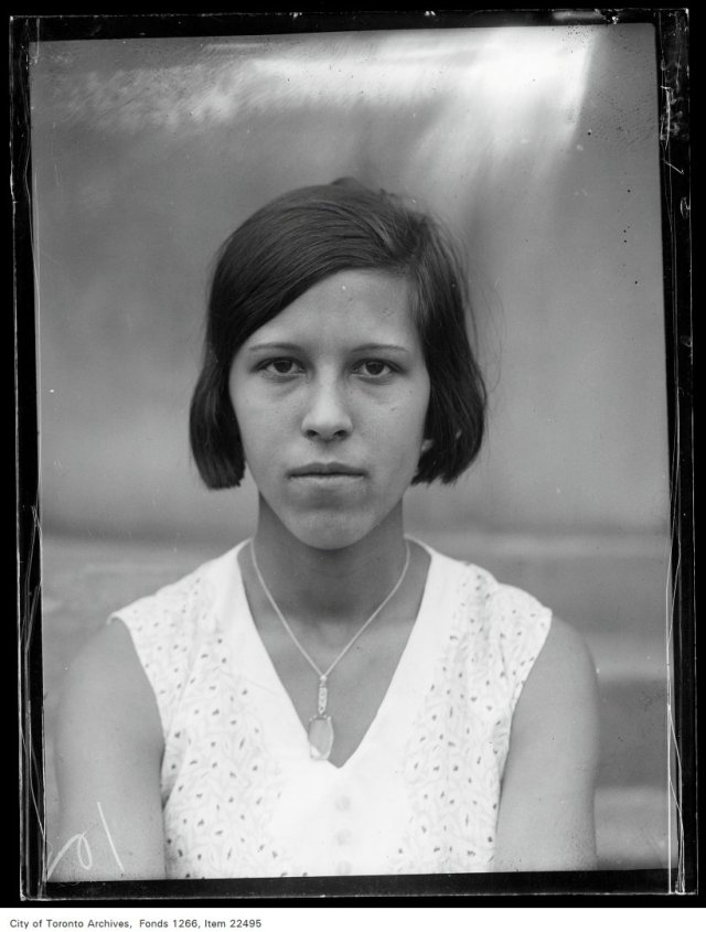 Eastern [School of] Commerce [commencement portraits], Thelma Bowe.