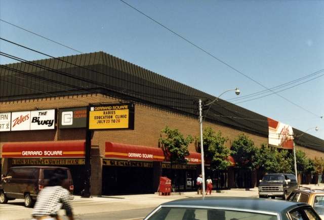 gerrard-square-pape-and-gerrard-st-north-side-1986-toronto-public-library