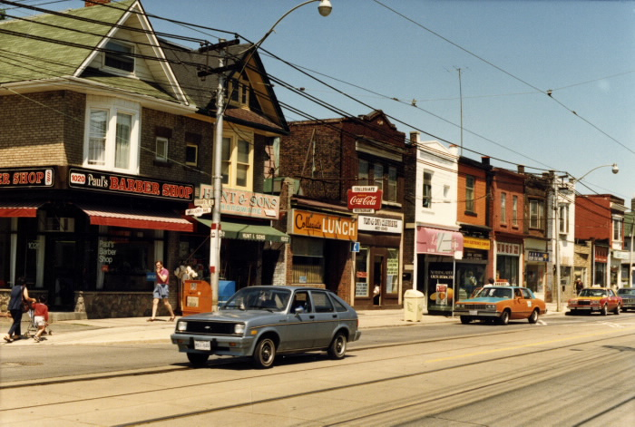 gerrard-st-north-side-standing-on-marjory-ave-1986-tpl