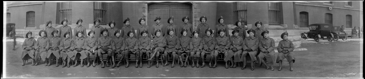 group-of-officers-of-the-134th-battalion-48th-highlanders-c-e-f-1915-16-library-and-archives-canada