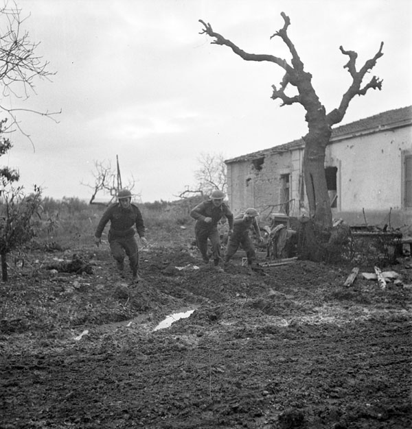 infantrymen-of-the-48th-highlanders-dealing-with-a-german-counterattack-san-leonardo-di-ortona-italy-dec-10-1943-library-and-archives-canada