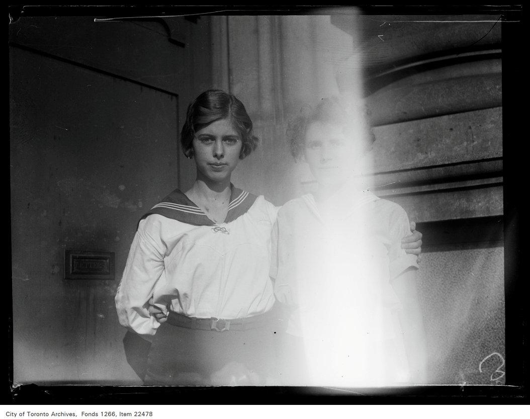 Riverdale Collegiate [commencement portraits], Margaret Snow.