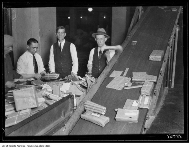 Post office, handling 3rd and 4th class mail. - December 19, 1929