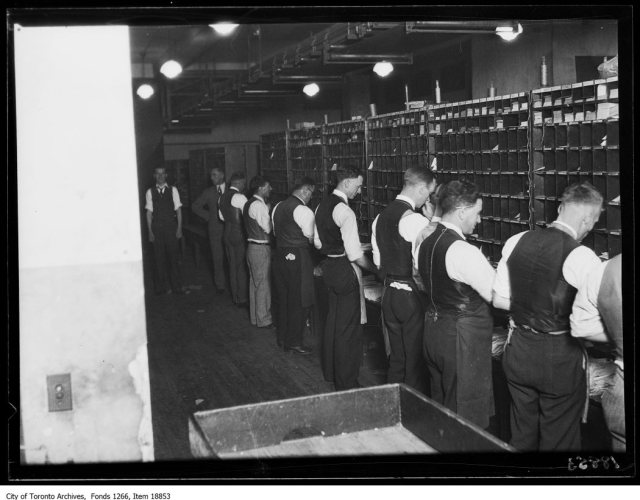 Post office, sorting U.S. mail, outgoing. - December 19, 1929