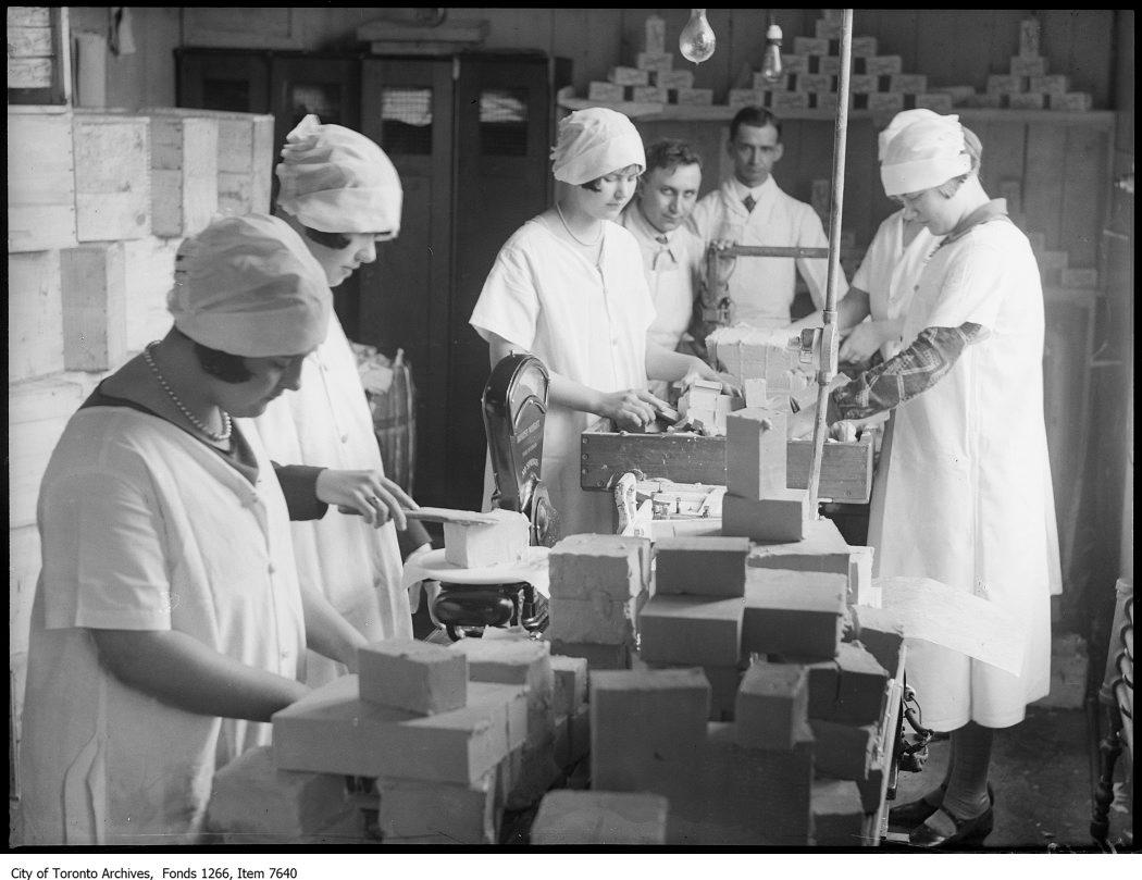 Arnold Bros, girls at work, butter dept, abattoir. - April 21, 1926