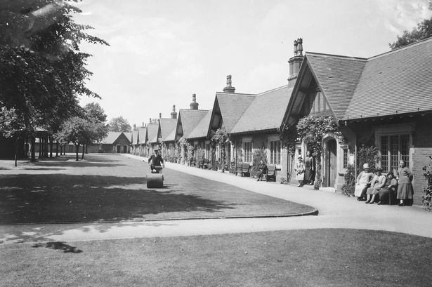 image-8-the-quadrangle-almshouses