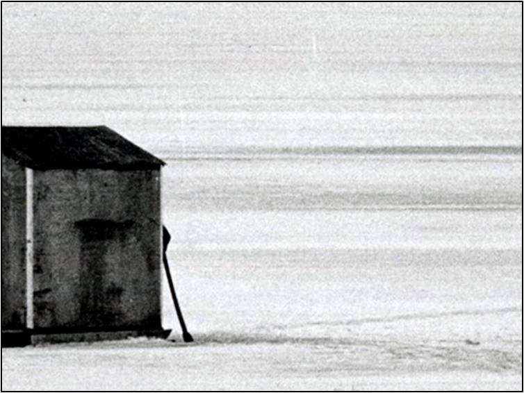 star-photographer-jeff-goode-lake-simcoe-ice-hut-1983-toronto-star-license
