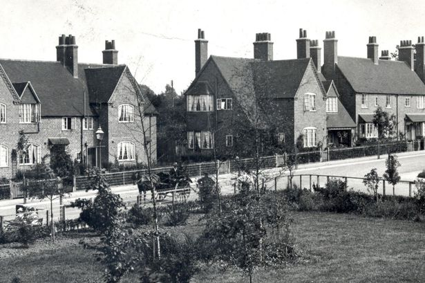 the-quality-housing-created-by-cadbury-and-the-bournville-village-trust-in-the-early-1900s