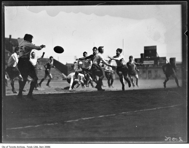 English rugby, action. - May 3, 1930