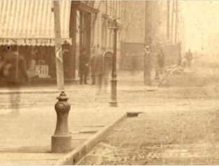 Fire Hydrant, Queen St. W., looking w. from e. of Yonge St. Unknown Picture, 1890, Toronto Public Library