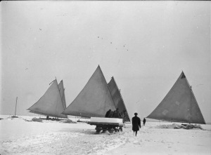 Ice boats and ice cutting Toronto Bay 1916 NAC