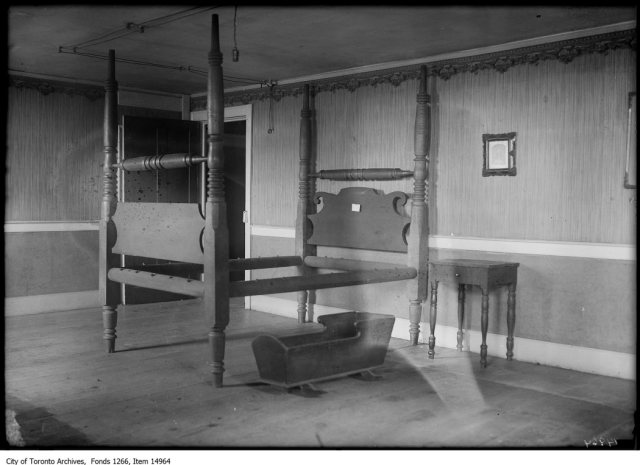 Cherry Hill Tavern, old four-poster bed. - September 23, 1928
