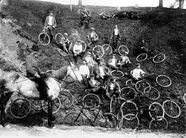 Cycling club in Swansea, Toronto, Canada, 1899